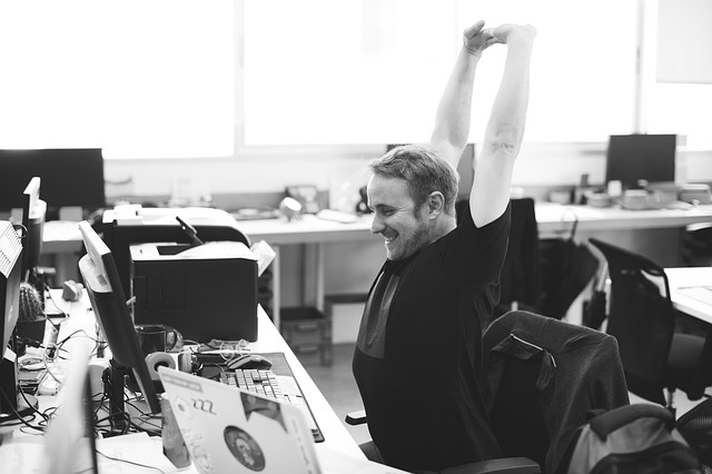 Simple exercises for office workers